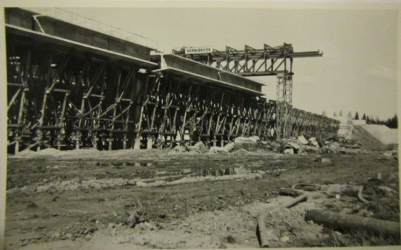 The Commonwealth Avenue Bridge under construction