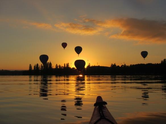 Balloon silhouette