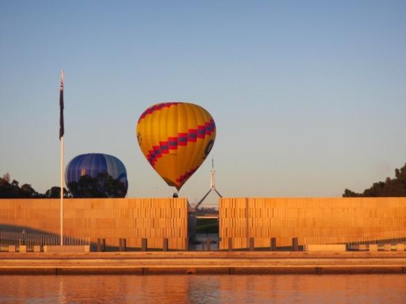 7.02am: Balloons Aloft in Canberra