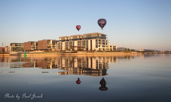 A huge thanks goes to Richard Gillespie 'The Balloon Guru' for the perfect positioning of the 'Service One' and also the pilot (unknown) in the 'Goodwin' for this shot....love your work. You are such a huge part of the Canberra Landscape.