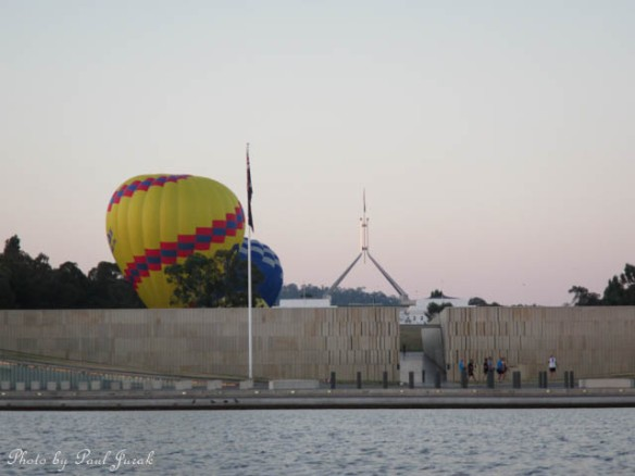 I was so excited when I discovered that the balloons were going to launch for the lawns of the Old Parliament House.