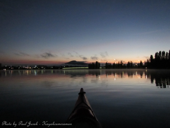 5.39am: Cruising on glassy waters :)